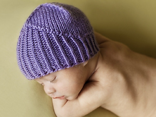 Little_Knight_Purple_Hat_1_small2